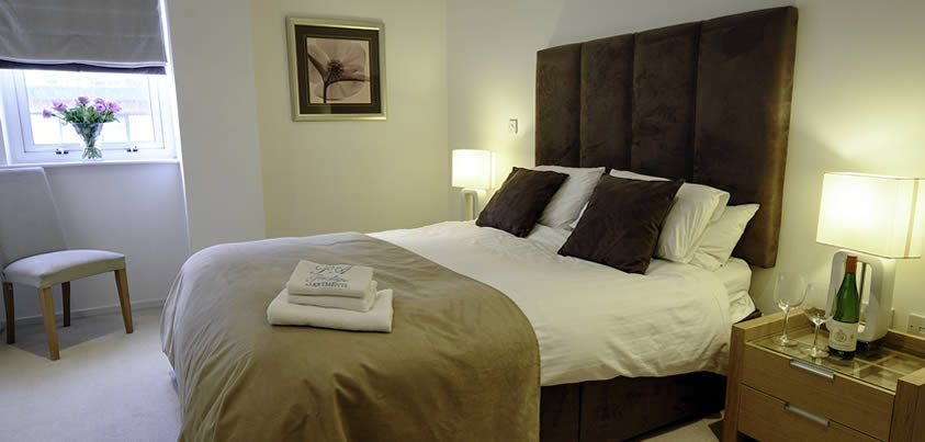 Southampton serviced apartments bedroom